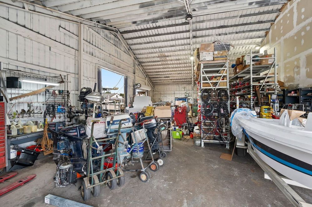 Warehouse/Shop Property on US Hwy 1