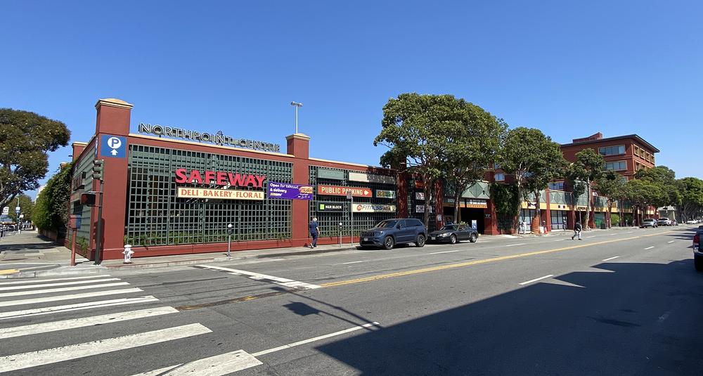 North Point Shopping Center<br/><div>350 Bay Street</div><div>San Francisco, CA 94133</div>