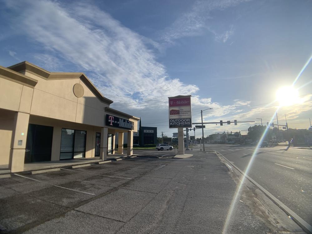 South Tampa Retail Corner End Cap
