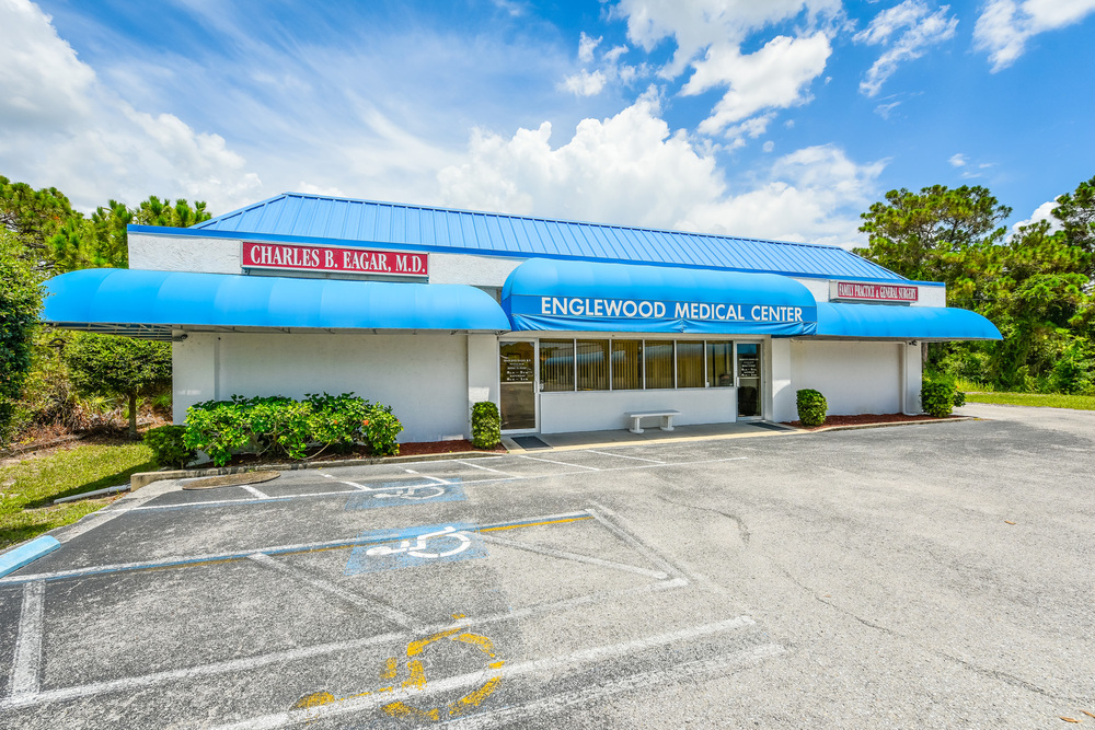 655 N. Indiana Ave., Englewood, FL 34223 - thumbnail 5 of 37