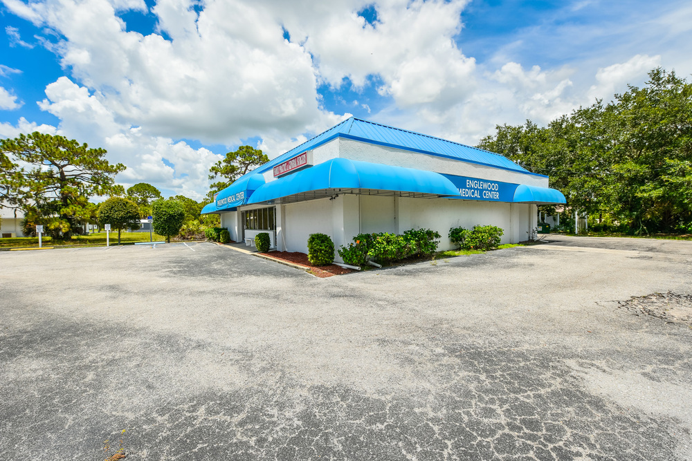 655 N. Indiana Ave., Englewood, FL 34223 - thumbnail 9 of 37