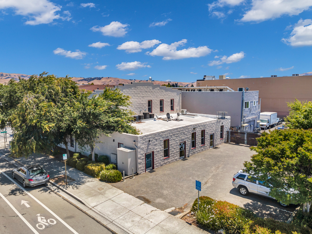 RETAIL/OFFICE UNITS FOR LEASE IN FREMONT