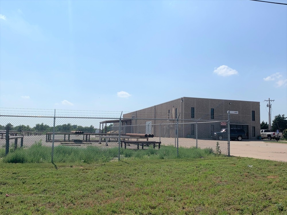 11,040 SF Warehouse/Office on 3.4 AC