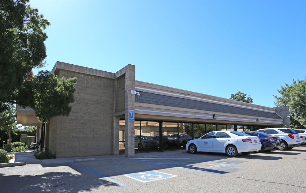 Fully Leased Investment: ±4,850 SF Industrial Office Building