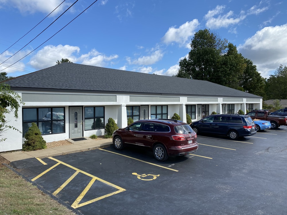 1,000 - 2,000 SF OFFICE SPACE FOR LEASE ON EAST SUNSHINE