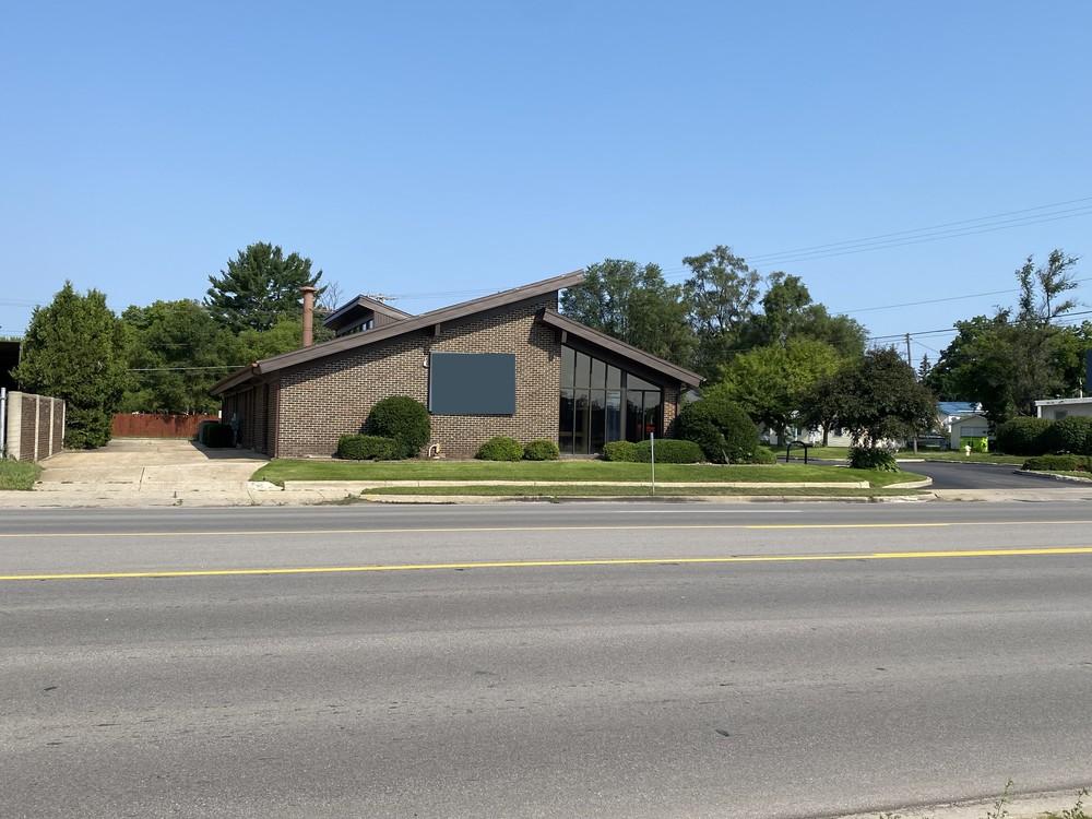 112 S Cedar  St
