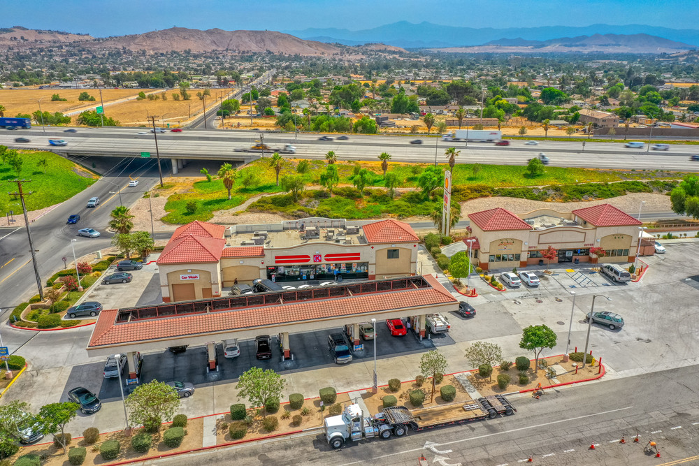 CIRCLE K, SHELL GAS, CAR WASH, LEASED INCOME, & LAND