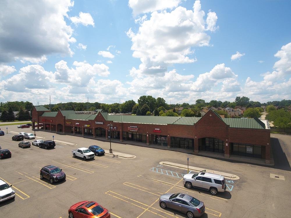 Four Oaks Plaza