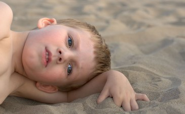 Are children with autism at higher risk for gastrointestinal problems?