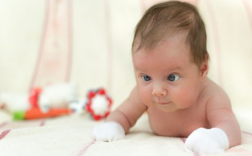 Vision screening in infants and toddlers