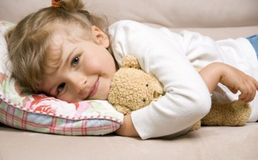 At what age can my toddler use a pillow?