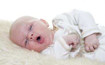 How to cure baby hiccups