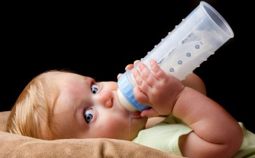 How much formula should my baby drink?