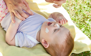 How to choose a sunscreen for your child