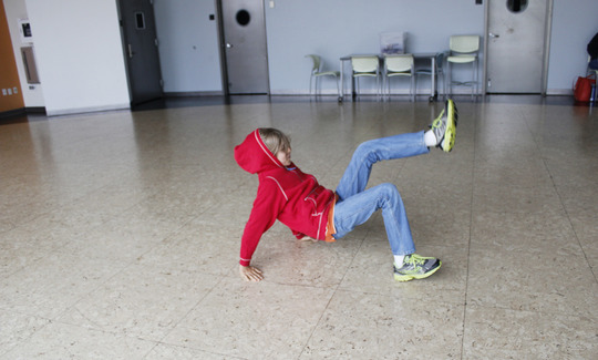 20151001174002-breakdancing.jpg