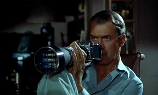 film as mirror in hitchcocks vertigo essay Alfred hitchcock's rear window, is a self-reflexive allegory of the cinema which utilizes voyeurism thematically to underscore the nature of film spectatorship.