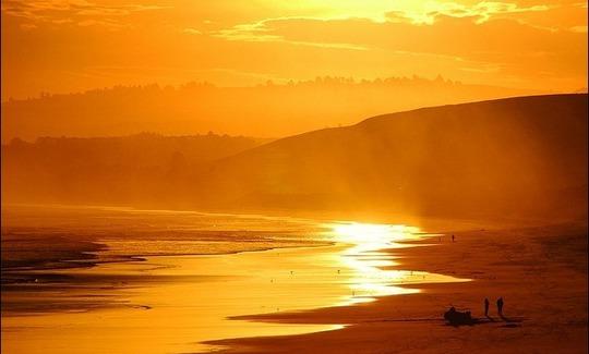 20160307122302-sunset-at-blackhead-beach_thumb.jpg