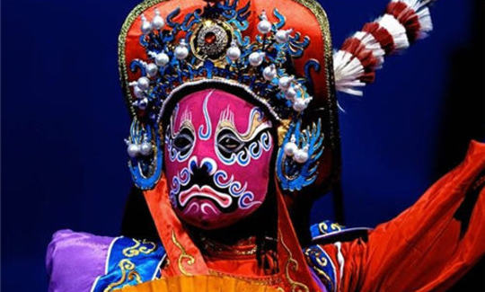 the theme of masks tweflth ni essay