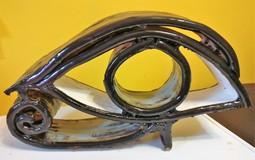 20190421191815-ceramic-sculpture-eye1.jpg