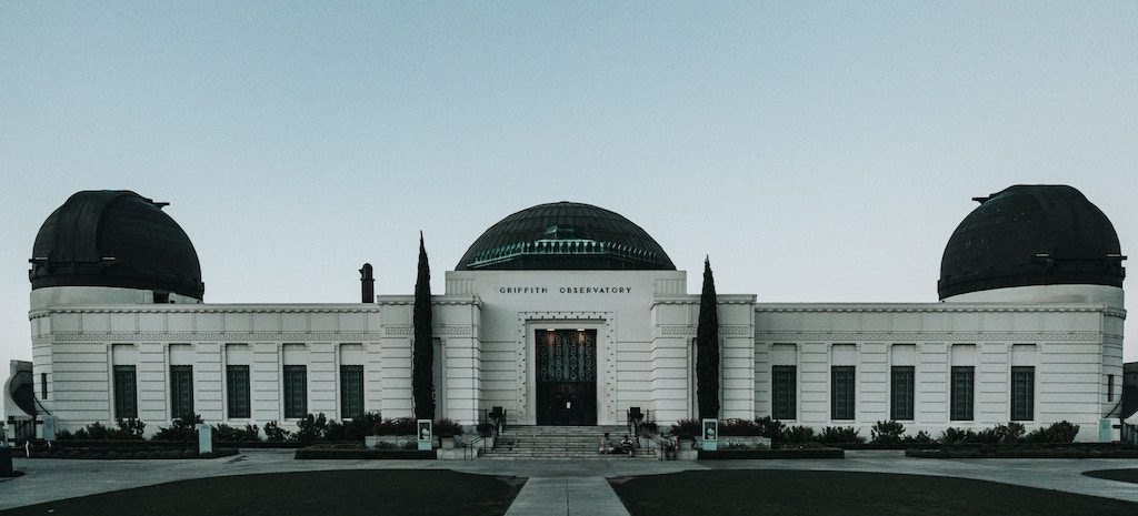 Rent a charter tour bus to Los Angeles's Griffith Observatory