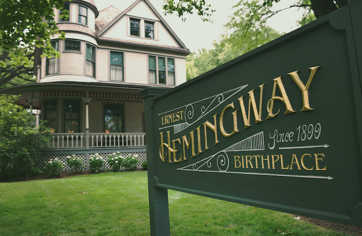 Visit Ernest Hemingway's birthplace and museum on your American literature bus tour.