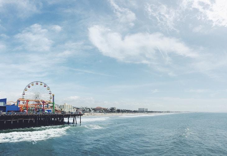 Rent a charter bus to Santa Monica Pier from LAX.