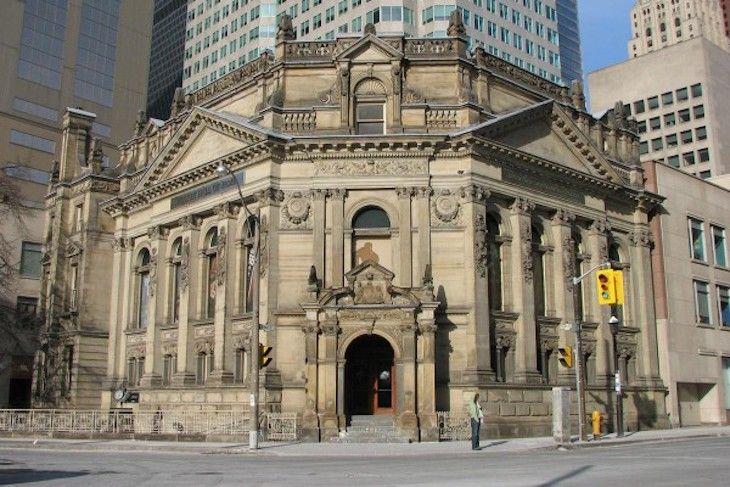 Toronto charter bus rentals to Hockey Hall of Fame.
