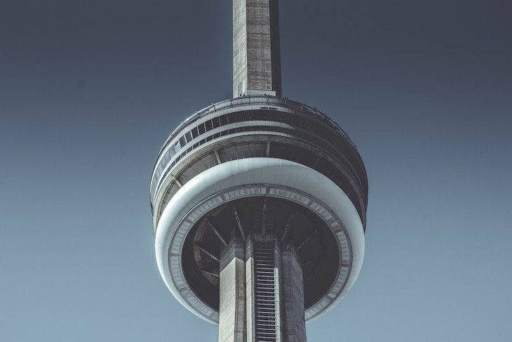 Charter bus rentals to the CN Tower Toronto.