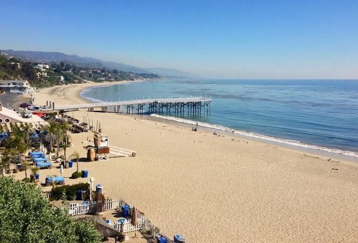 Los Angeles charter bus rentals to Paradise Cove Beach.