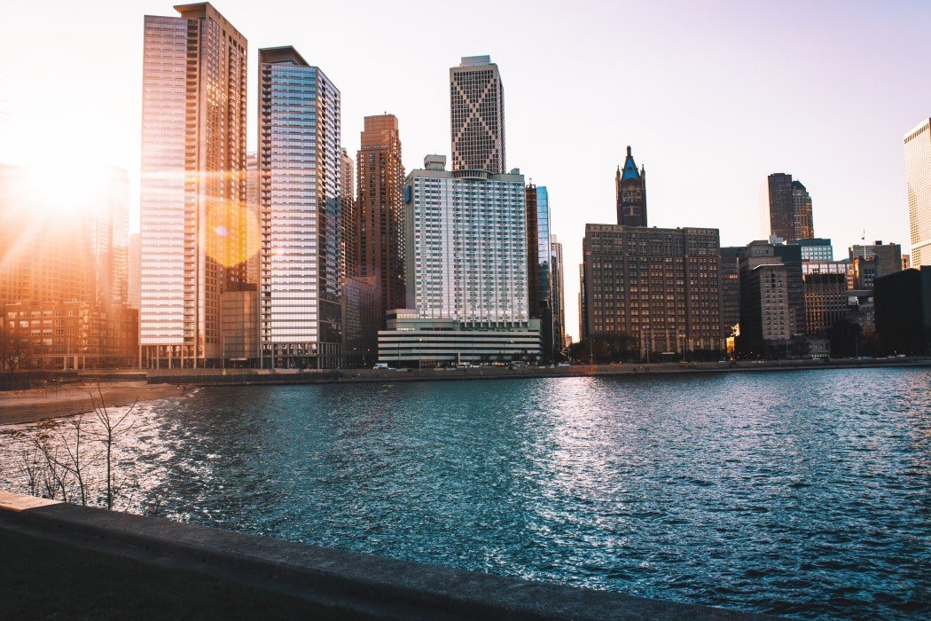 Rent a charter bus and visit Chicago's most iconic architecture.