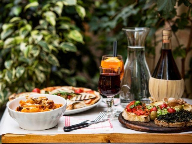 Italian Restaurant - Great Location