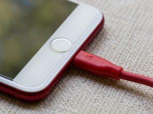 Seguramente has estado cargando mal la batería de tu celular y te decimos por qué