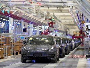 El precio de los autos subirá hasta 7,000 dólares si Trump impone su deseo de aranceles a vehículos de Europa