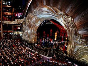 Los Oscar servirán platillos vegetarianos y eliminarán las botellas de plástico
