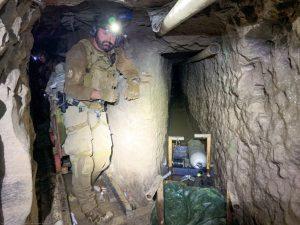 Autoridades descubren el túnel más largo de la frontera EU-México: tenía ventilador, un elevador y hasta drenaje