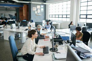 ¿Qué tan difícil es que las empresas adopten la semana laboral de 4 días? Los empleados responden