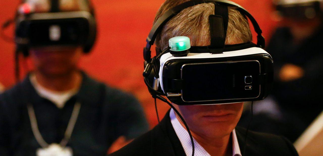 La realidad virtual está permitiendo a las principales empresas capacitar a los trabajadores y conectar equipos de todo el mundo.