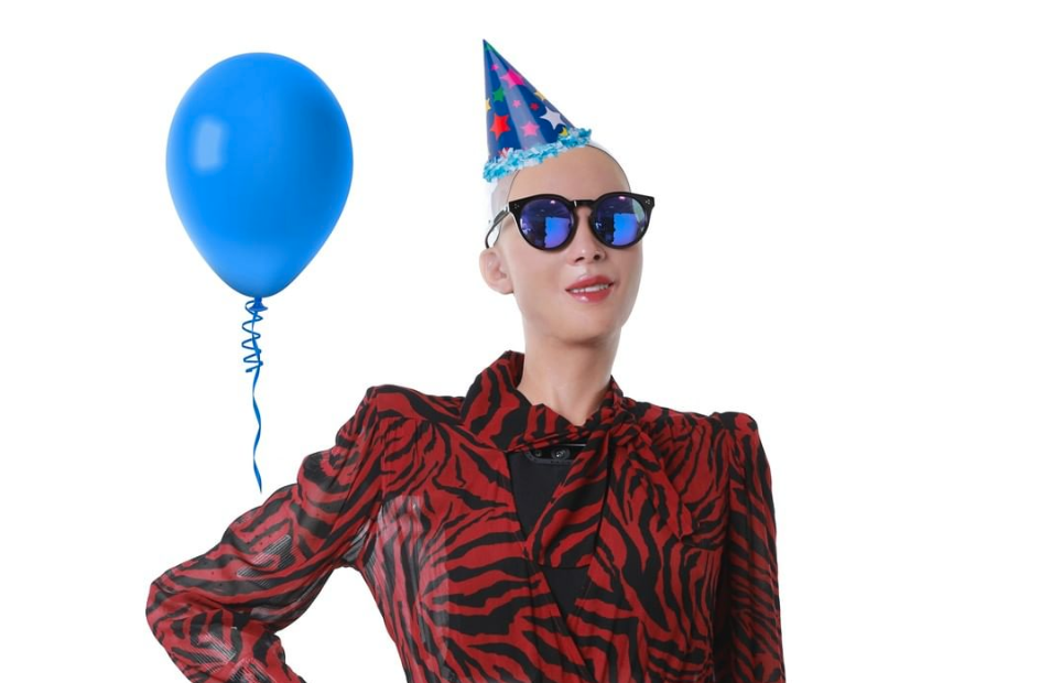 robot humanoide sophia cumpleaños