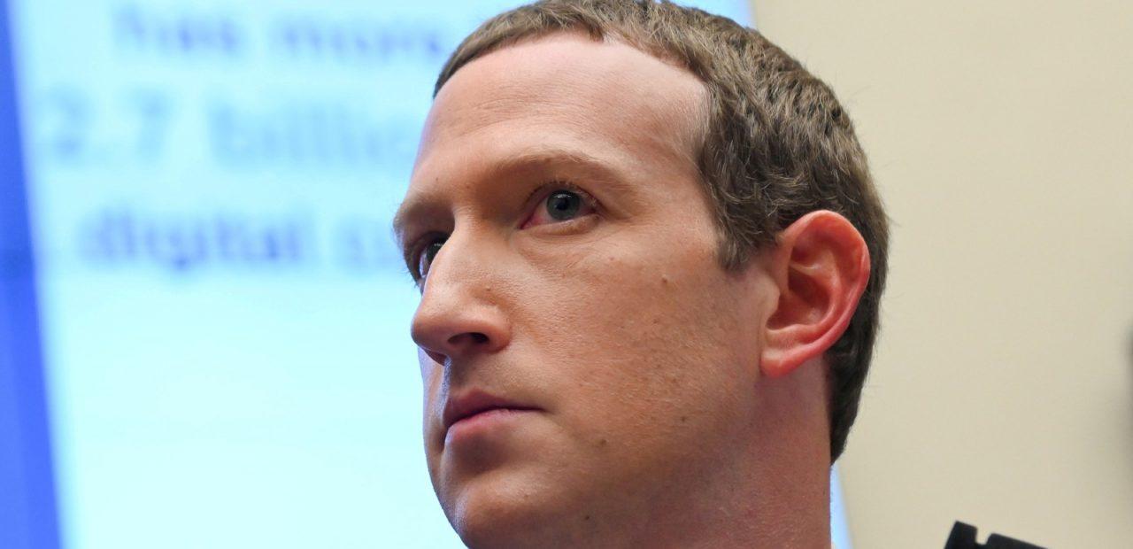 mark zuckerberg facebook paga impuestos