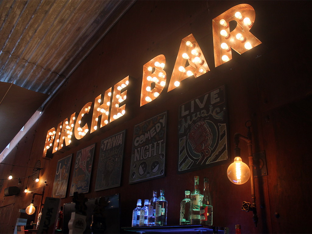 Pinche bar Pinche Gringo Warehouse alcohol