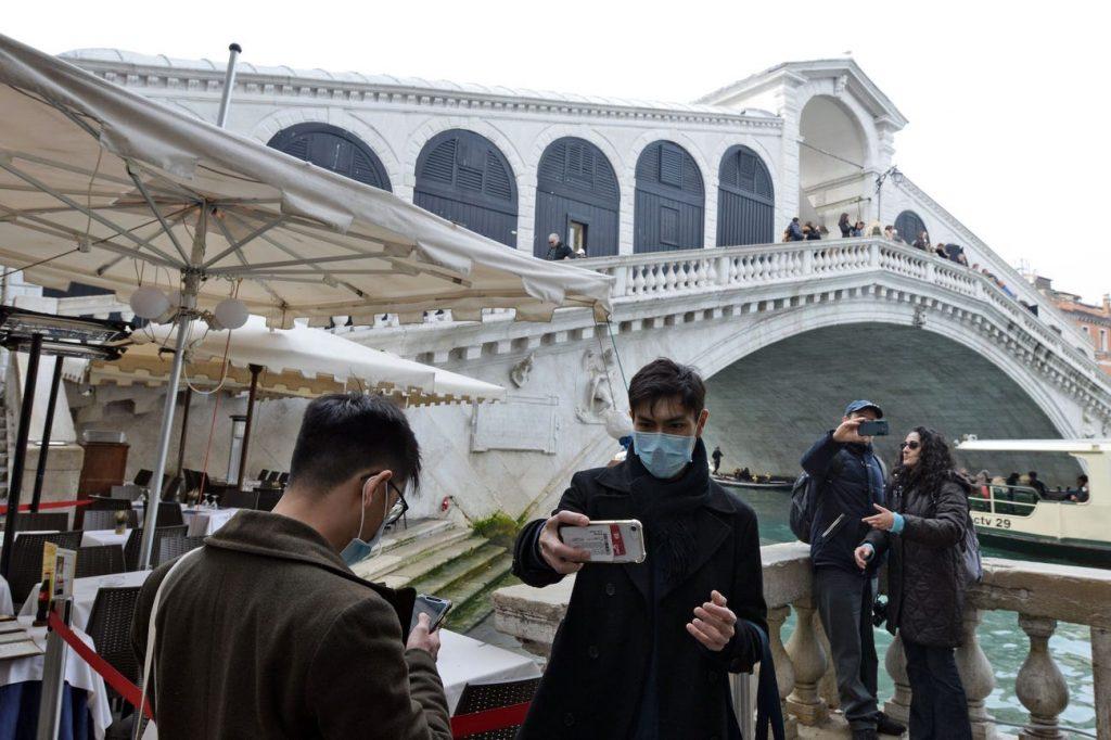 Puente de Rialto en Venecia brote coronavirus