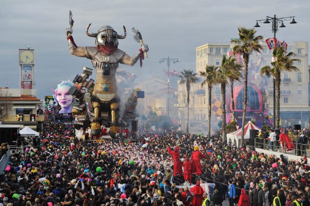 carnaval de viareggio 2020 coronavirus
