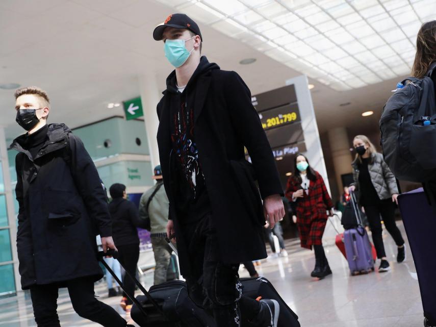 Empresas hacen home office por coronavirus