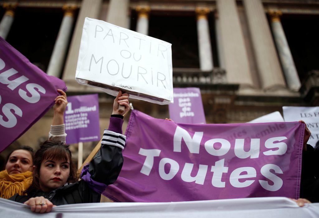 francia paris mujeres manisfestación protesta feminicidios violencia de género
