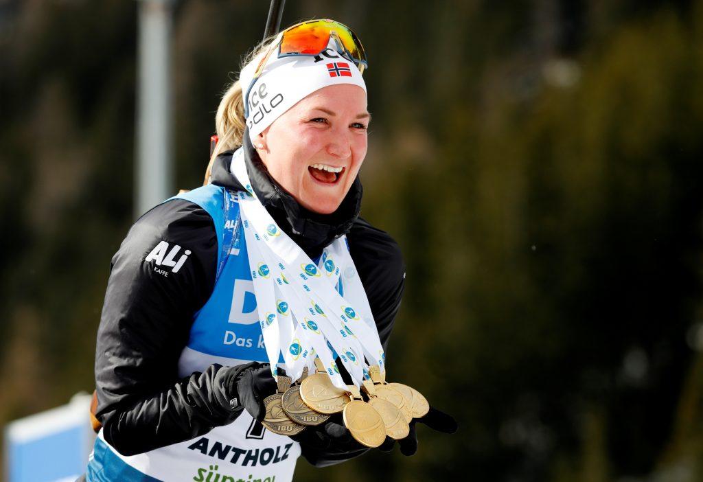Marte Olsbu medallista de oro mujer noruega