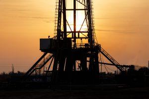 AMLO analizará incluir a privados en el plan de energía — las empresas le habrían propuesto invertir 1.7 billones de pesos, según Reuters