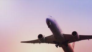 Las aerolíneas perderán hasta 113,000 millones de dólares por coronavirus, estima la mayor asociación del sector