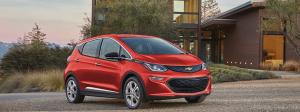GM apuesta por baterías de larga duración para sus autos eléctricos en su intento por acercarse a Tesla