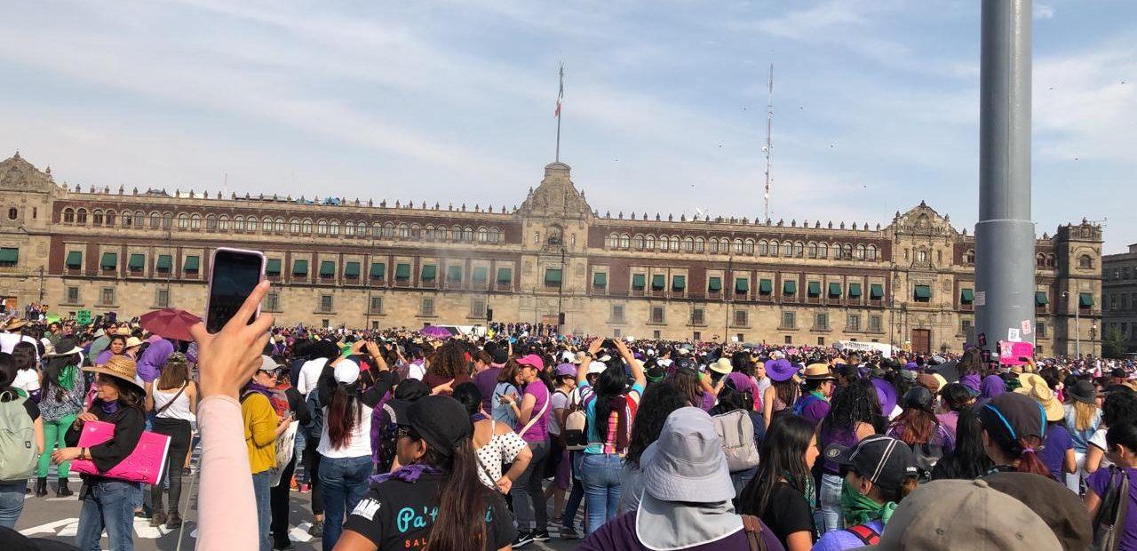 marcha mujeres 8 de marzo llegan Zócalo CDMX