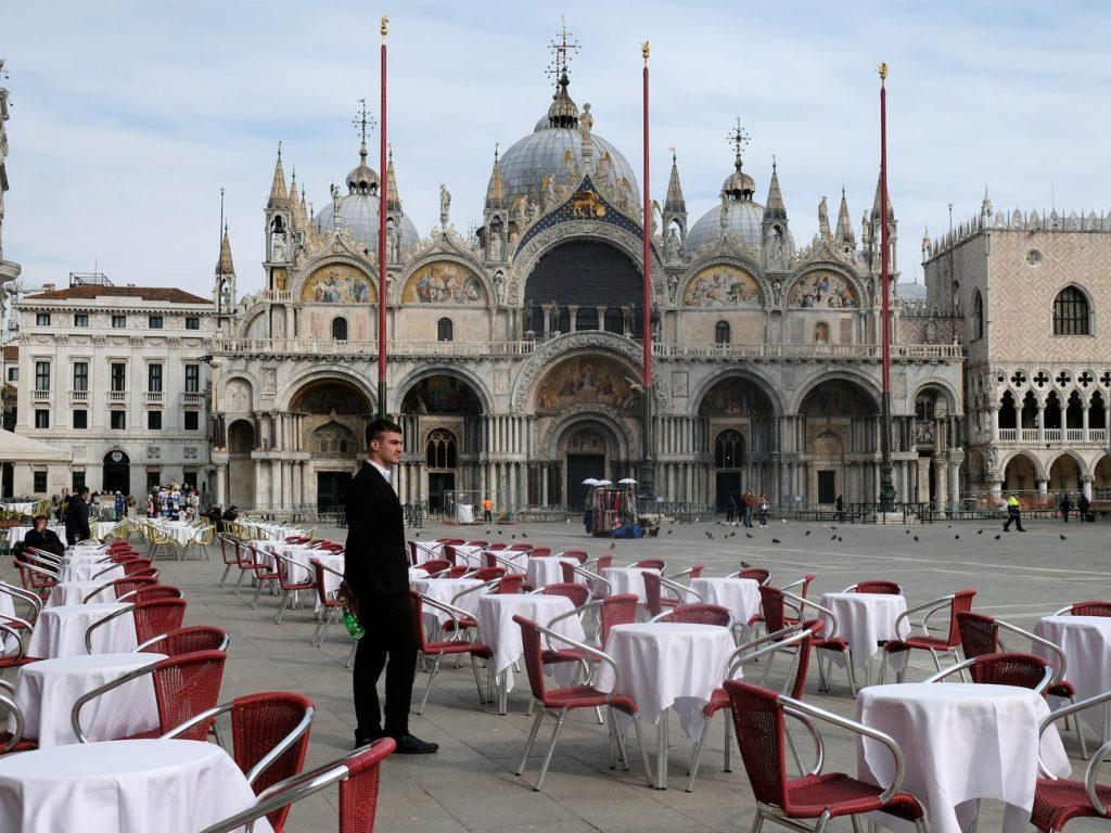 Plaza San Marcos Venecia restaurantes vacíos coronavirus